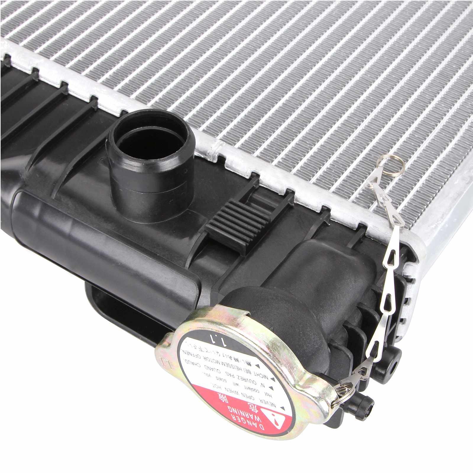 32 0207 v12 mercedes radiator v6 Dromedary Brand