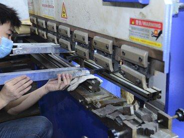 auto radiator factory