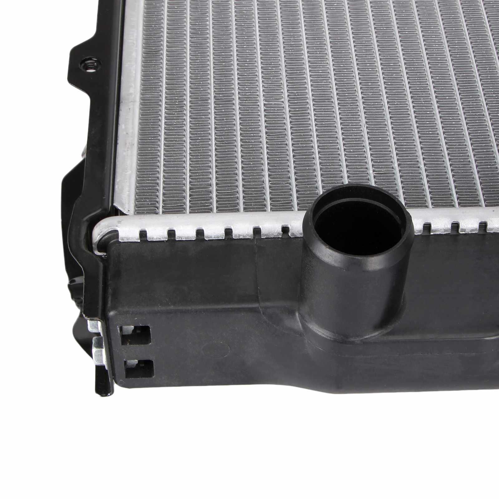 Dromedary Brand 33l toyota radiator v6 factory